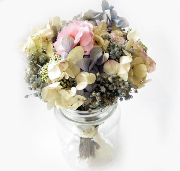 dry-flower-bouquet-horrible-very-unique-ideas-of-dry-flowers-arrangments.jpg